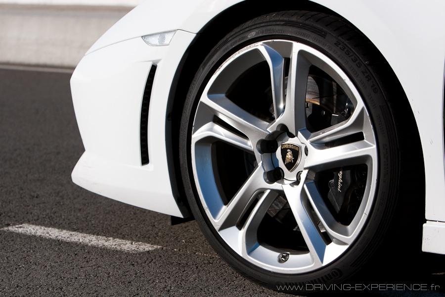 Jantes de 19', pneus taille basse et gros freins !
