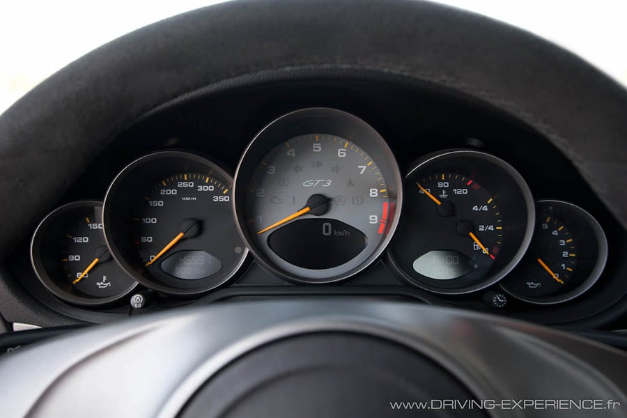 Le compte tours toujours la meilleure place driving experience - Toupie qui compte les tours ...