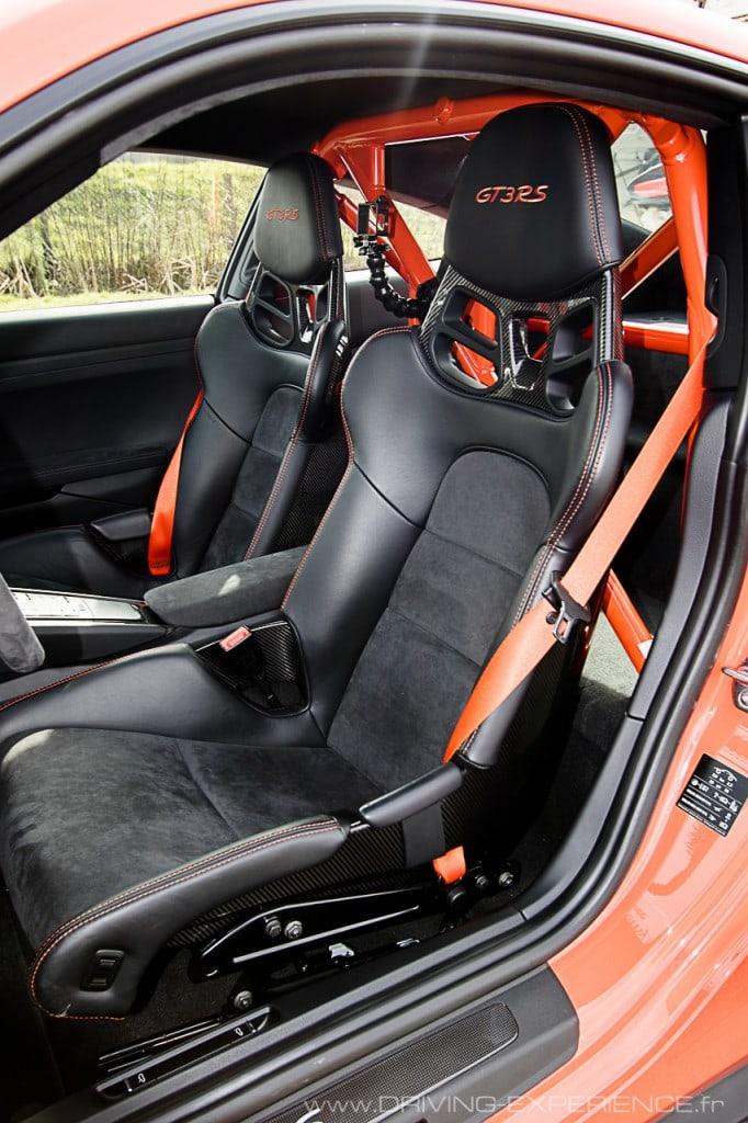 Les sièges en carbone, légers et ergonomiques
