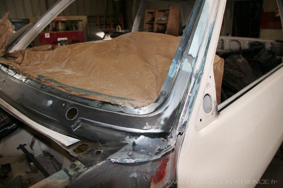 Uniquement la partie basse est remplacée à partir d'une pièce d'origine Renault