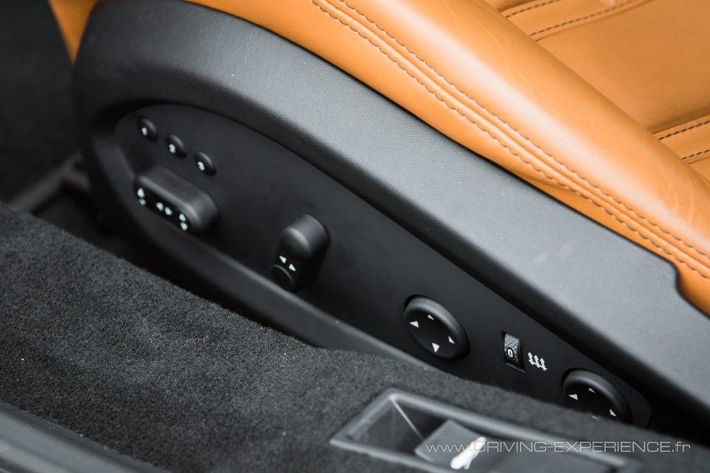 On est bien dans une GT avec ces sièges aux multiples réglages électriques